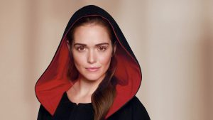 Scottish Widow in cape